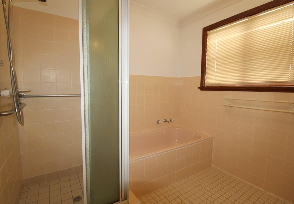 Amzaz 15 Korogora Street - Lennox Head Accommodation