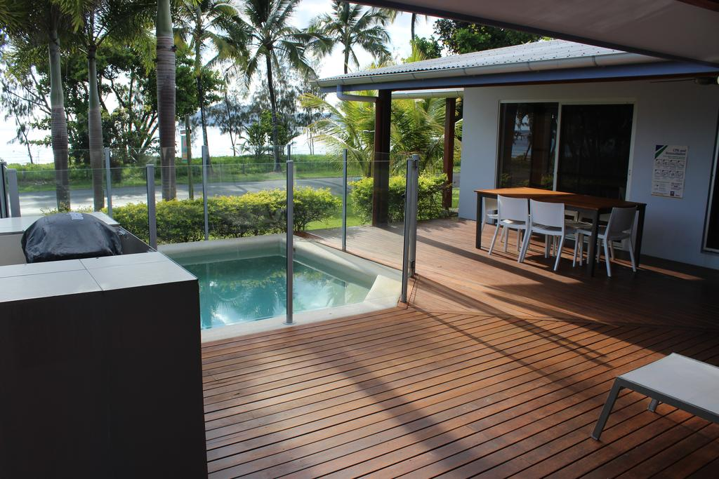 Banfields Retreat - Lennox Head Accommodation